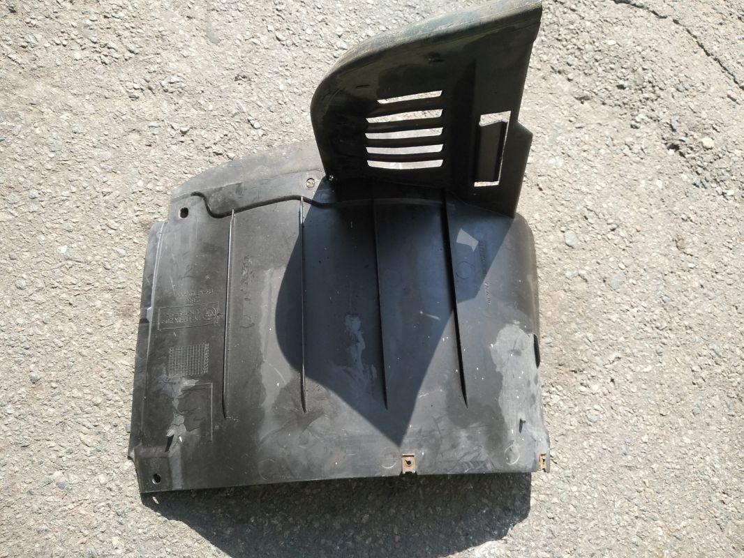Защита крыла пластмассовая (подкрылок)