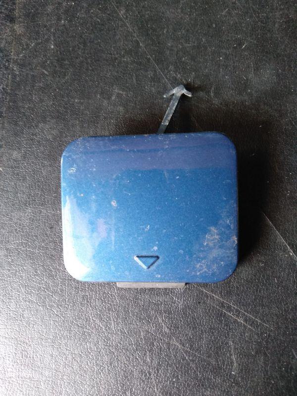 Заглушка (решетка) бампера