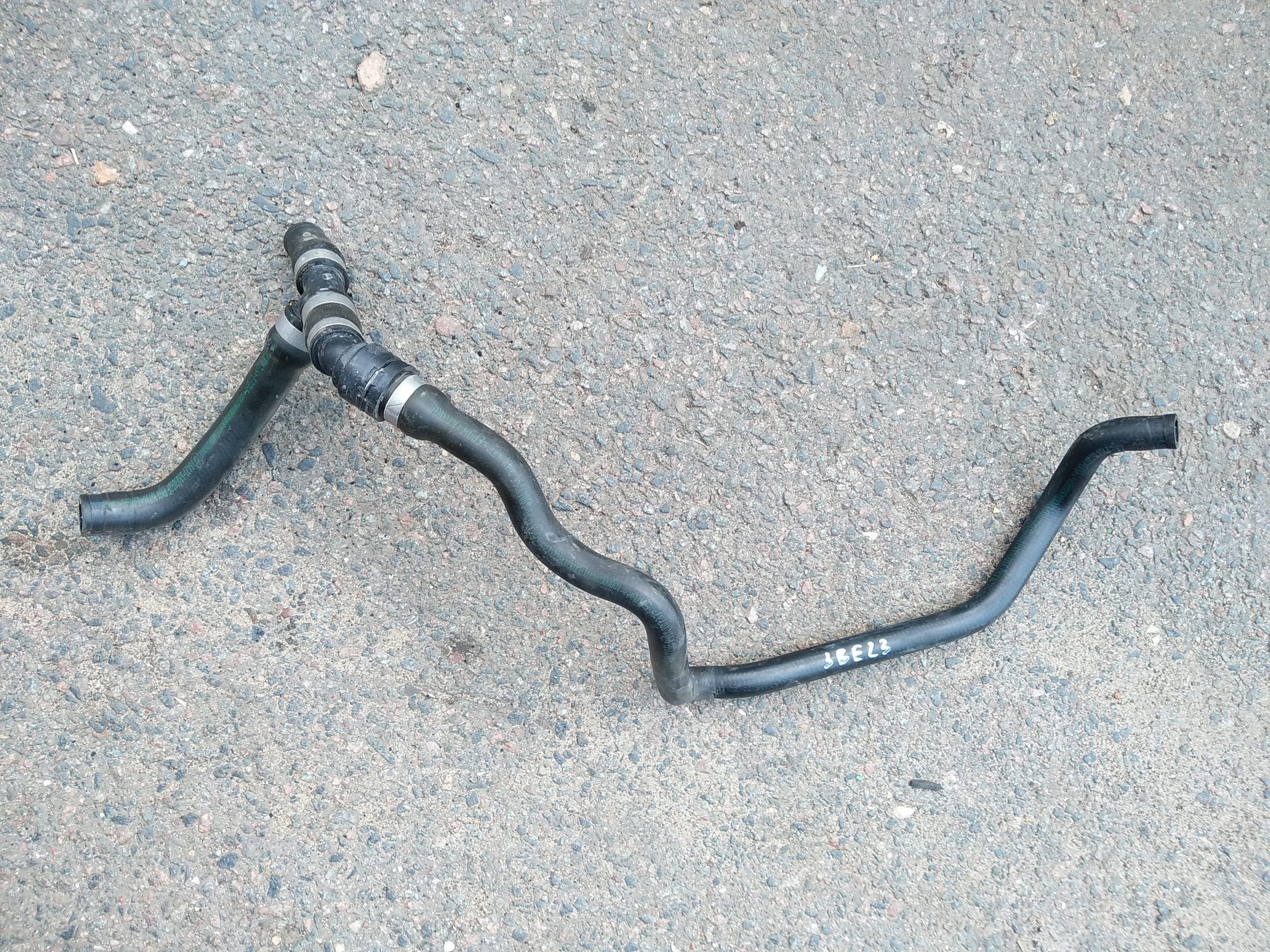 Патрубок (трубопровод, шланг)